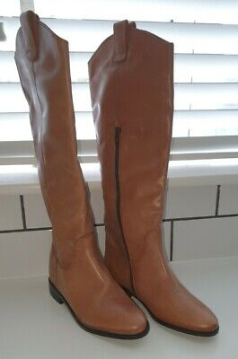 Tan Office Knee Boots  • 9.99£