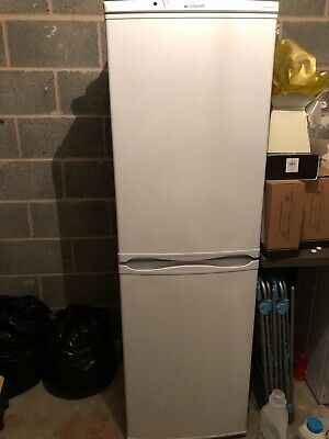 Hotpoint Aquarius Fridge Freezer FFAA52P • 50£