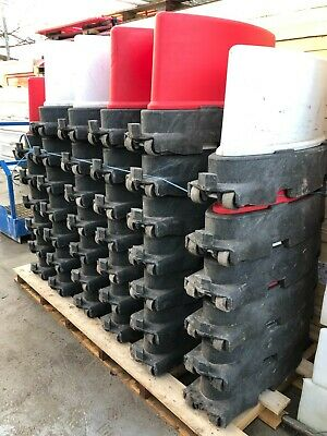 ROAD RUNNER BARRIERS X 40 TRAFFIC MANAGEMENT BBS SEPARATOR SELF WEIGHTED £18ea • 820.80£
