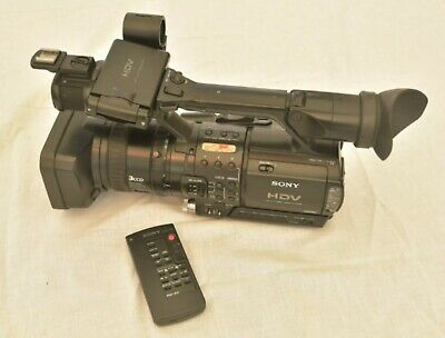 Sony HVR-Z1e Camcorder Mini DV Format HD Camera With Two Batteries • 115£