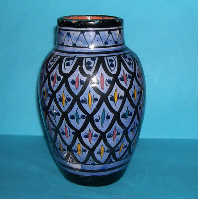 £80 • Buy Vintage Moroccan Safi Pottery - Attractive Large Highly Decorative Blue Vase.