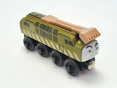 Thomas And Friends Engine Diesel 10 Wooden Train With Sliding Claw 2003 • 11.46£