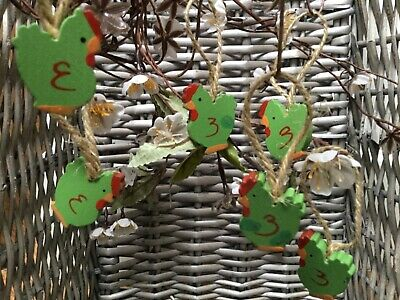 £3.80 • Buy Gisela Graham 6 Wooden Mini Green Rooster Chicken Hanging Decorations