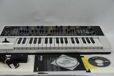 AU679.95 • Buy Roland GAIA SH-01 Virtual Analogue Synthesizer Keyboard - Excellent/Mint