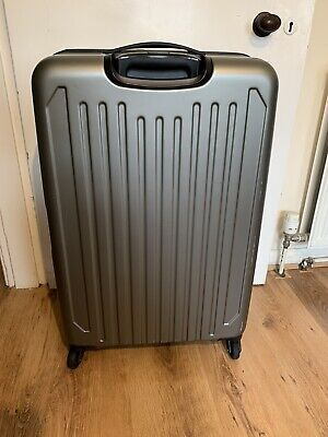 4 Wheel Hard Shell Suitcase Large • 60£