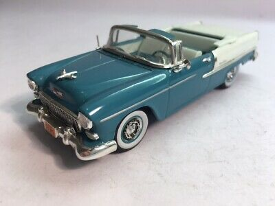 1955 1:43 Diecast Chevrolet Bel Air Convertible By Vitesse In Green & White. • 10£