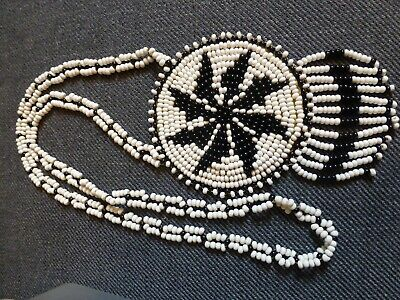 Vintage Native American Style Black / White Beaded Medallion Necklace. Leather. • 12£