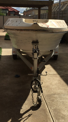 AU1600 • Buy 4.8 Centre Console Fishing Boat