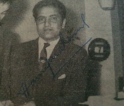 AU30 • Buy Hanif Mohammad Signed In Person Small Newspaper Picture Pakistan Cricket