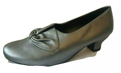 New Hotter Donna Ladies Leather Pewter Low Heel Court Shoes Size Uk 8 Rrp £85.00 • 39.99£