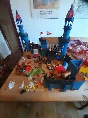 Two Fisher Price Imaginext Medieaval Castles With Accessories • 29£