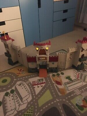 Fisher Price Imaginext Castle • 9£