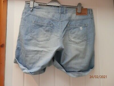 Brand New Ladies Stone Washed Ripped Shorts Size 16 • 1.30£