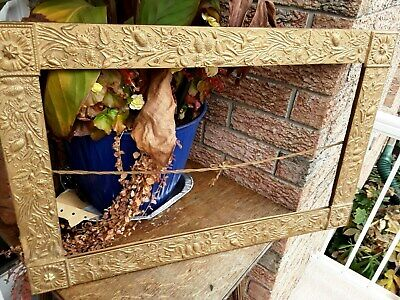 Arts And Crafts Frame Antique Frame Highly Decorated 4 Corner Medalians PAINTING • 28.96£