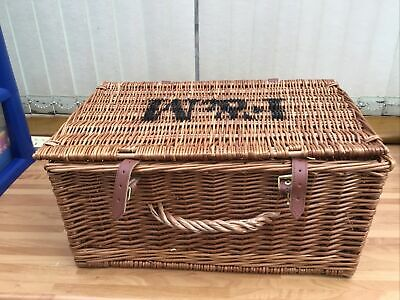 Large Wicker Storage Basket With Lid • 10.50£