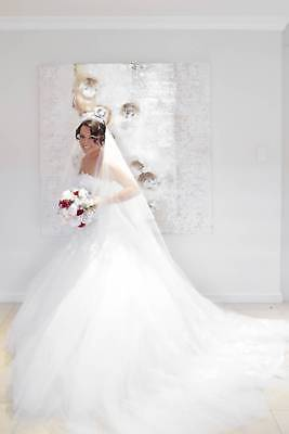 AU1000 • Buy Stunning Demetrios Wedding Dress With Hoop, Matching Veil And Crown