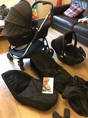 ICandy Strawberry 2 Pram & Maxi-cosi Car Seat - Complete Travel System • 60£