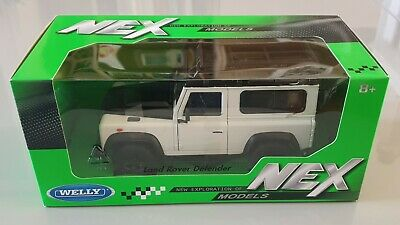Land Rover Defender White Td5 Tdci 90 Welly 1/24 Scale Model Diecast Car  • 18.50£