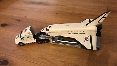 NASA Space Shuttle And Truck Children Toy • 10£