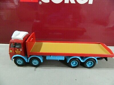 Corgi 1:50 Scale ERF 8 Wheel Rigid Truck - Chipperfields Circus In GC Code 3. • 6.99£