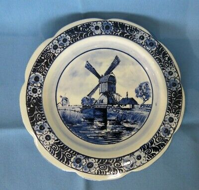 £5 • Buy Vintage Delft Wall Plate - Windmill And Loch