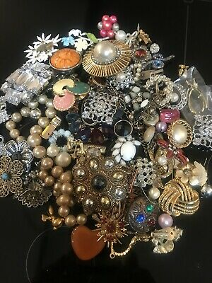 $ CDN23.84 • Buy Vintage Now Jewelry Lot GOOD Wear Resell 5 Pc Some Signed NO JUNK FREE SHIP