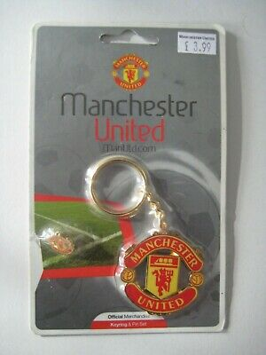 £4 • Buy Manchester United Official Keyring And Pin Set (2002) Sealed