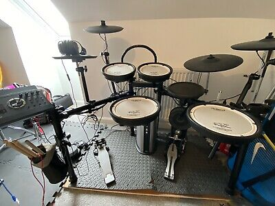 AU2160.75 • Buy Roland TD 17 Electronic Drum Kit
