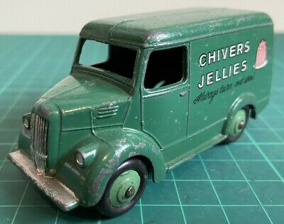 Dinky Toys Trojan Delivery Van 'Chivers Jellies' • 10£