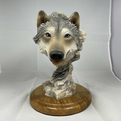 $22.99 • Buy VINTAGE #4301 Before The Chase Mill Creek Studios Wolf Statue