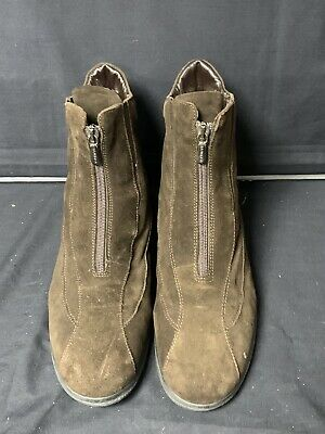 £45 • Buy Ladies  Brown Suede Boots  Aquatalia By Russell & Bromley Size 7.5