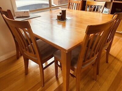 AU170 • Buy Dining Tables And Chairs Used