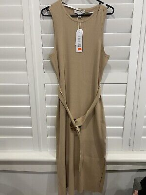 AU40 • Buy Forever New Dress Size 16