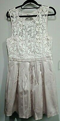 AU2.54 • Buy WOMEN'S CLOTHES - White And Blush Party Work Wedding Dress - FOREVER NEW Size 14