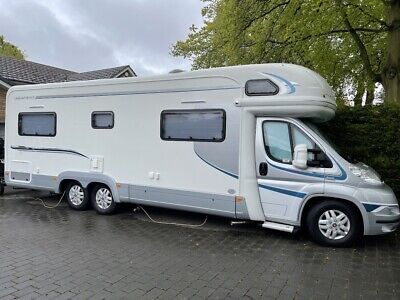 £48995 • Buy AutoTrail Arapaho Motorhome 3.0 Auto, 2011 With Tow Car