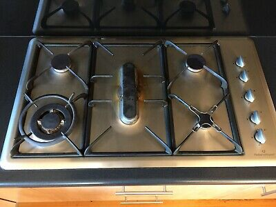 AU299 • Buy Fisher & Paykel 5 Burner Gas Cooktop / 900mm Wide / Excellent Used Condition