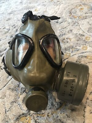 $35 • Buy M9A1 Vintage US Military Protective Field Gas Mask W/ Bag BS-280-72