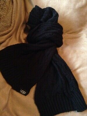 £25 • Buy Ugg Black Cable Knit Scarf 204 X 22 Cm Approx