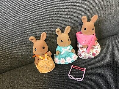 £12.99 • Buy Sylvanian Families Rabbit Family (x3) In Dresses - Used Condition
