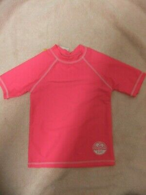 £5 • Buy Bright Pink Sun Protect Top With Sleeves To Fit Age 10-11 Years.