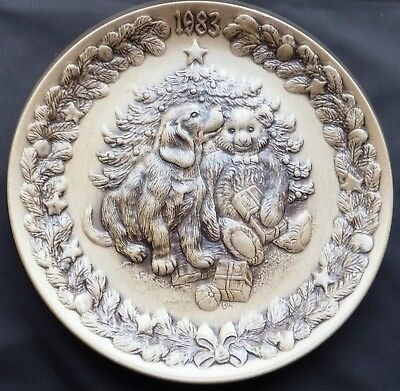 £18 • Buy Christmas 1983 Poole Stoneware 8  Plate Designed By Barbara Linley Adams