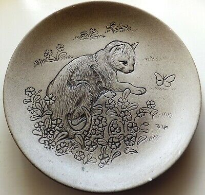 £3 • Buy Cat & Butterfly Poole Stoneware 5  Plate Designed By Barbara Linley Adams