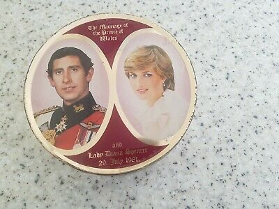£5 • Buy Vintage Diana And Charles Sweets Tin