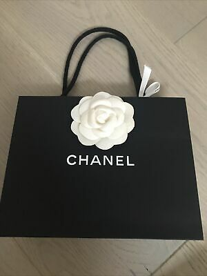£2 • Buy 100% Authentic Chanel Small Paper Bag(22×17x6cm) With Flower And Ribbon