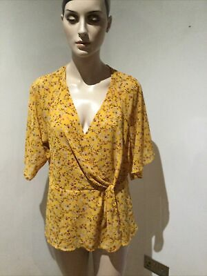 £3.99 • Buy NEW LOOK Short Sleeve V Neck Top In Mustard Floral Print Size 14 VGC