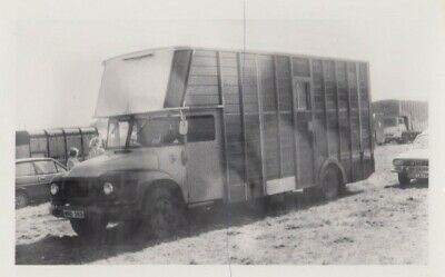 £0.35 • Buy Trader Lorry Photo Photograph Bedford J Classic Horsebox Truck Picture Wrd383.
