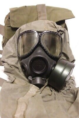 $125 • Buy M40 Gas Mask Medium With Over Cover, Filter And Bag (J18)