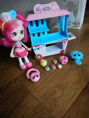 £5 • Buy Shopkins Doll With Donnut Stand And Accessories