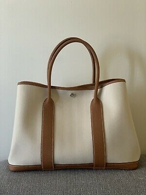 AU3100 • Buy Hermes Garden Party 36 In Crae And Gold