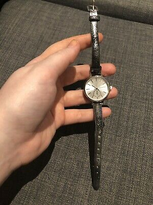 £3.99 • Buy New Look Grey And Silver Watch